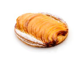 新宿伊勢丹店限定!リンゴのパイ「フィユテ オ ポム」