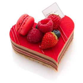 バレンタイン限定!ハートのケーキ「センシュエル クール」