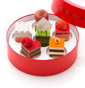 バレンタイン限定のケーキセット「デギュスタシオン クール」